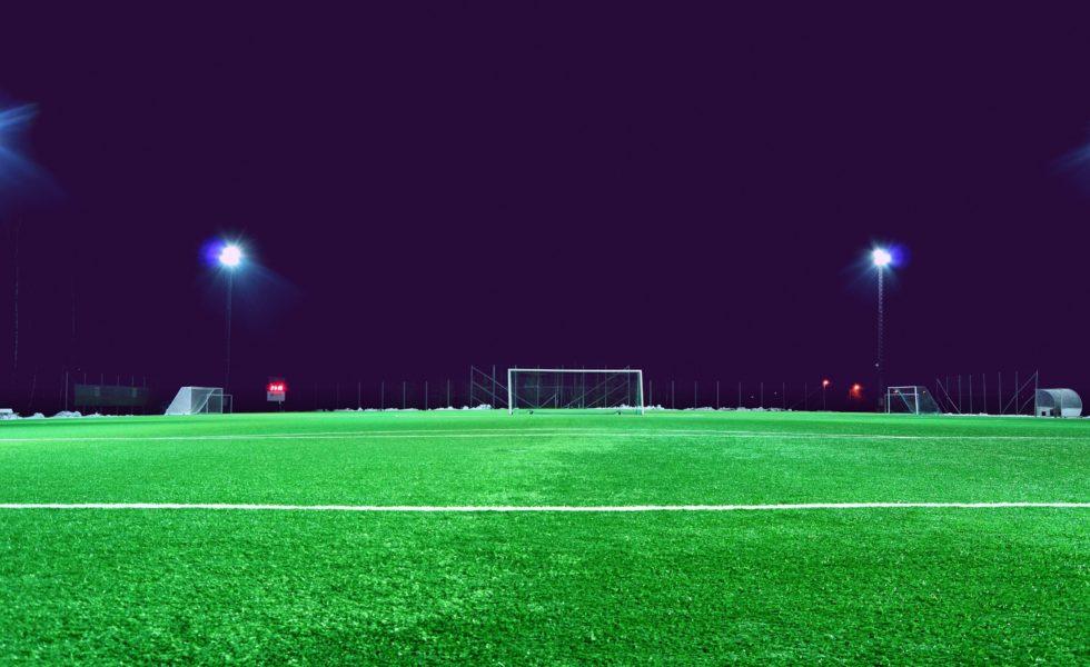 فوتبال، آسیب دیدگی، چمن مصنوعی