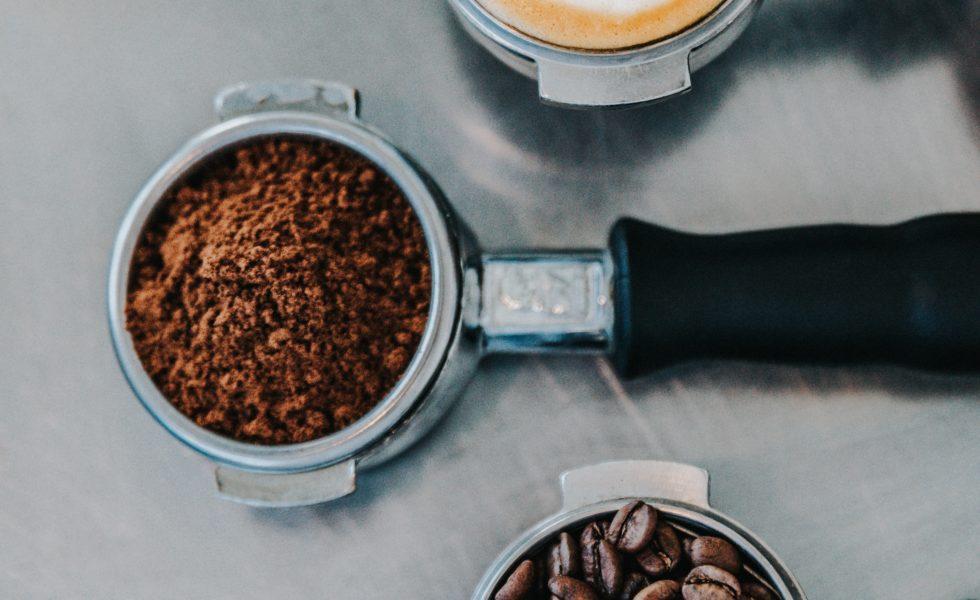 نوشیدن قهوه خوب است یا بد؟
